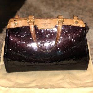 AUTHENTIC Luis Vuitton Amarante Brea PM Bag